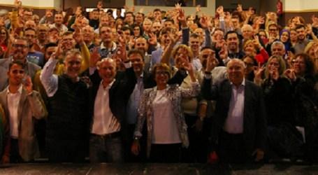 Lleno hasta la bandera en la presentación de Julio Ojeda a la alcaldía de Santa Lucía