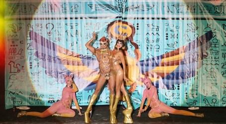 El carnaval africano de Mogán derrocha purpurina, pluma y público con la Gala Drag Queen