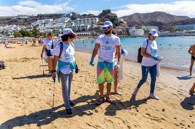 Playa de Puerto Rico, voluntarios