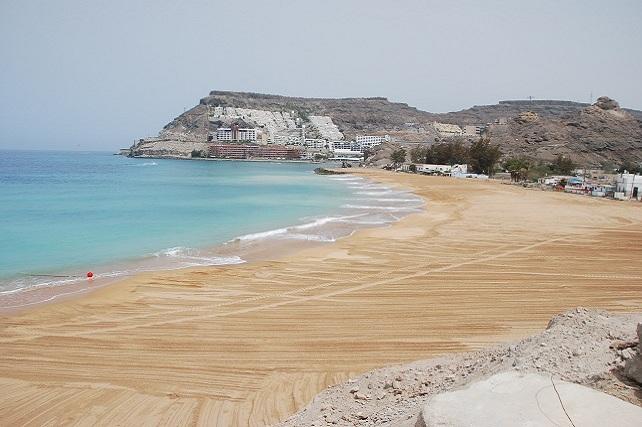 Playa artificial de Anfi Tauro