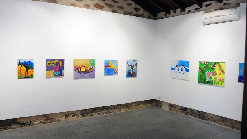 Casa Saturninita - Muestra Infantil de Pintura