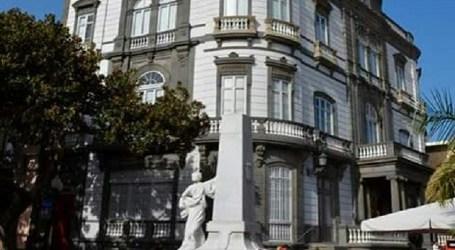 Se inaugura en la Biblioteca Insular la exposición 'El yo'