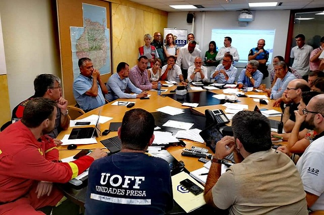 Incendio de Gran Canaria, alcaldesa de Mogán reunión con Cecoes 112