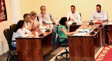 El PP denuncia que Onalia Bueno modifica el ROM para reducir los tiempos de intervención de la oposición