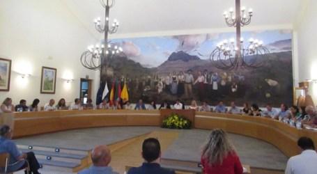 """El alcalde de Santa Lucía cesa a la concejala Beatriz Mejías por """"pérdida de confianza tras su deslealtad y sus declaraciones difamatorias"""""""