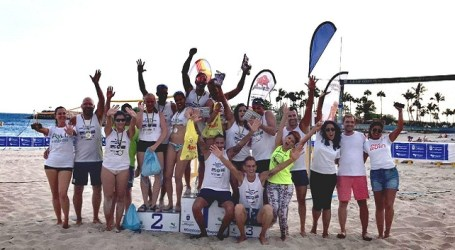 24 parejas se disputan el V Torneo Voley Playa Mixto Anfi del Mar