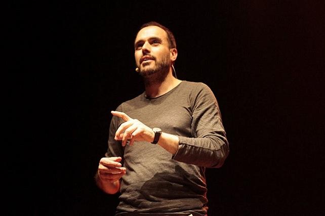 Celso Fernández, narrador