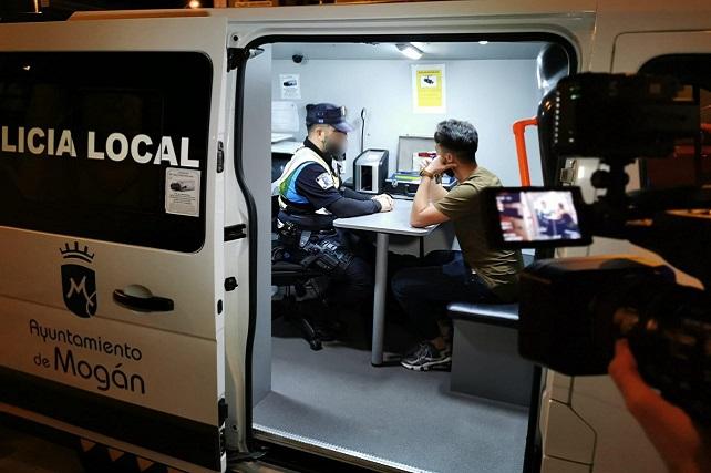 Policía Local Mogán grabación del programa Equipo 112