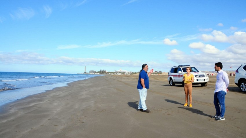 Las playas tirajaneras vuelven a la normalidad y reabren garantizando ser un destino seguro Ayuntamiento y Cabildo invertirán alrededor de 100.000 mil euros para poner en marcha una serie de actuaciones que garantizan el cumplimiento de las medidas sanitarias