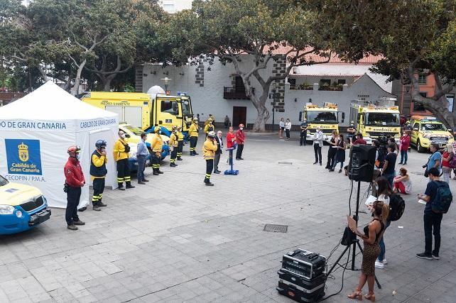 Más de 240 personas serán vigías y defensoras de Gran Canaria contra los incendios Lo más importante será que la población evite la primera chispa porque sin ella no hay fuego, pero los investigadores han detectado una grave falta de percepción del riesgo