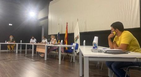 El Pleno aprueba por unanimidad una moción sobre la situación de los inmigrantes alojados en Tunte