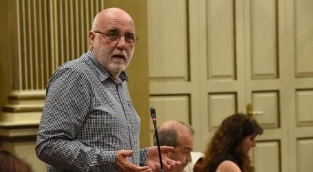 La huida del rey desnudo Maspalomas News ofrece a sus lectores un artículo de opinión de Manuel Marrero Morales, portavoz del grupo parlamentario Sí Podemos Canarias