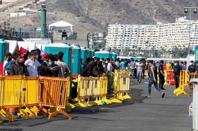 La AMTC reclama a las autoridades españolas y europeas una solución al drama social y humano de los migrantes La asociación expresa su solidaridad con las personas hacinadas en el campamento del puerto de Arguineguín y con el municipio de Mogán