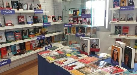Estudiantes de Comercio y Marketing del IES José Zerpa se convierten en los libreros más jóvenes de Vecindario