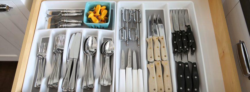 Cara Terbaik Organisir Peralatan Dapur Anda Pada Satu Tempat