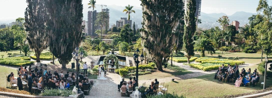 Matri Laura y Nico en el castillo Medellin-25