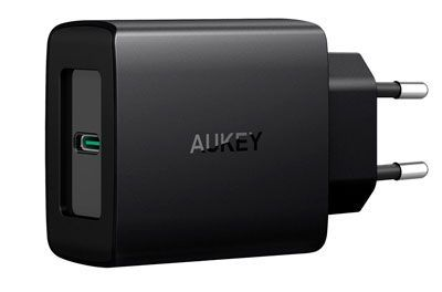 Oferta cargador AUKEY USB C barato con código de descuento