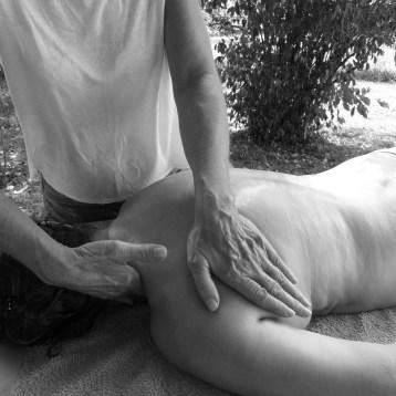 massages-haut-dos-épaules