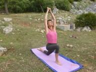 yoga-posture-demie-lune