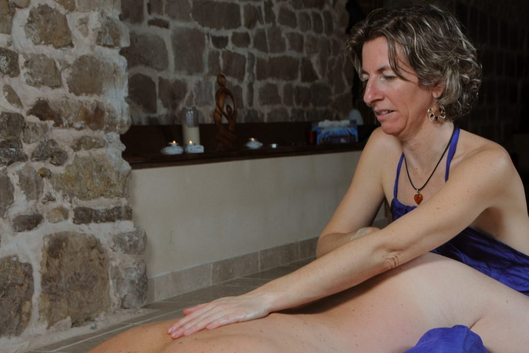 formation massage tantrique