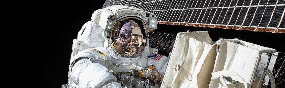 MC-NASA-Endurance-Scott-Kelly-Book-Review-Featured-1
