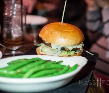 Bootleggers Prohibition Pub-On the Wagon Grilled Veggie Burger