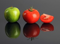 Green apple and Tomatoes