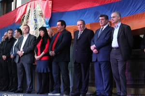 Triple political forces hold a rally in Freedom Square