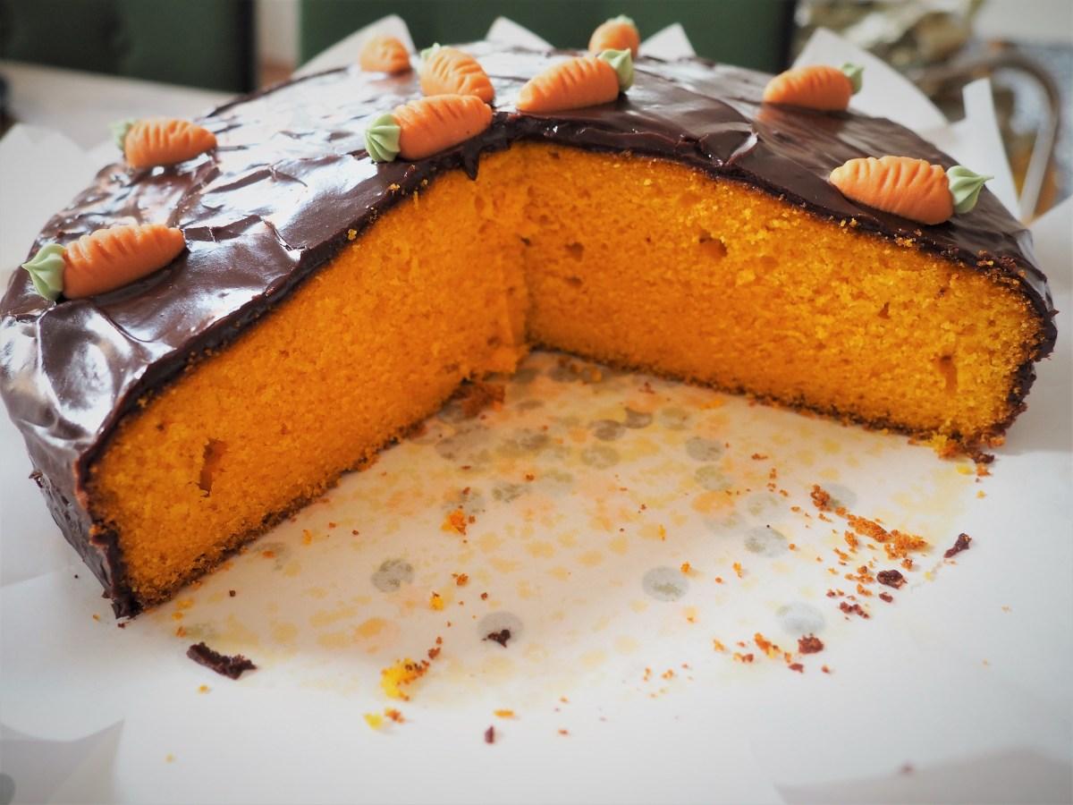 Brasilianischer Karottenkuchen - Bolo de cenoura