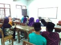 Pelatihan Internet di MA Nurul Athfal Pesantren (4)