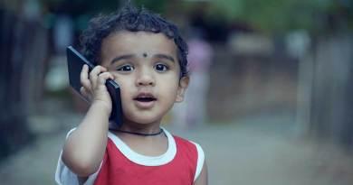 Ponsel Pintar Rusak Daya Ingat Remaja