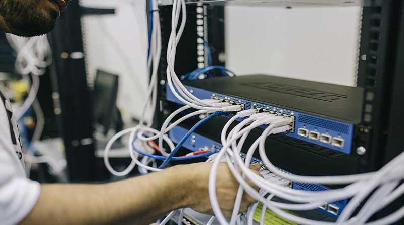Perusahaan Internet Asing Harus Bayar untuk Penyimpanan Data