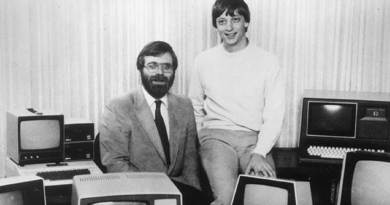 Pendiri Microsoft Paul Allen Meninggal di Usia 65 Tahun