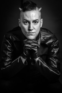 Master Dominic Leather Jacket Gloves London UK