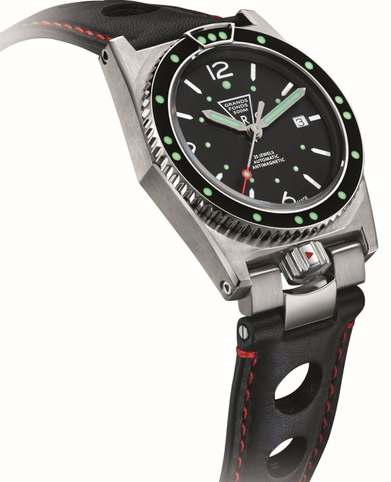 ZRC Grands Fonds 300 diving watch re-edition with leather strap