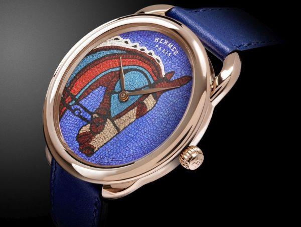 Hermès ARCEAU Robe du Soir Limited Edition watch rose gold case