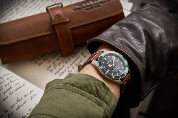 Edox Skydiver Military watch wristshot