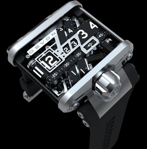Devon Works Tread 1 watch