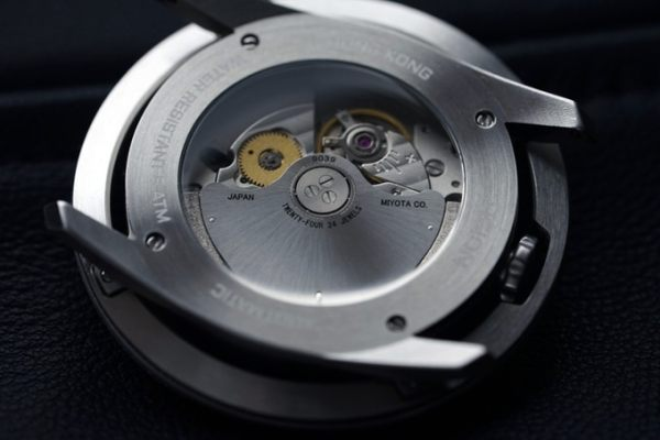 AISION DESIGN: UFO Inspired Automatic Watches from Hong Kong caseback view