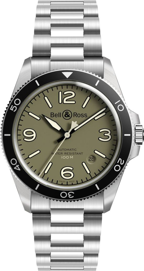 Bell & Ross - BR V2-92 Military Green with stainless steel bracelet