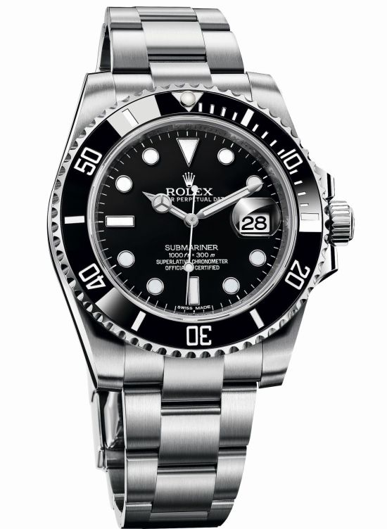 The 40mm Rolex Submariner date with Oystersteel bracelet