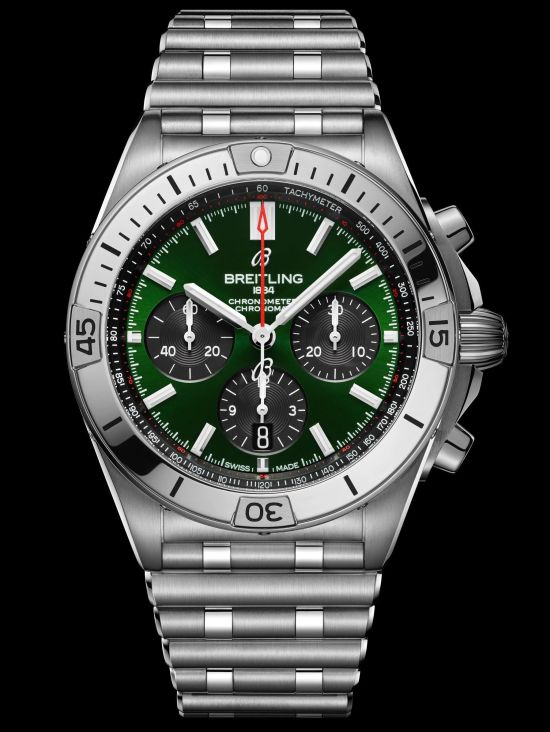 Breitling Chronomat Collection_chronomat-b01-42-bentley-with-a-green-dial-and-black-contrasting-chronograph-counters_ref-ab01343a1l1a1