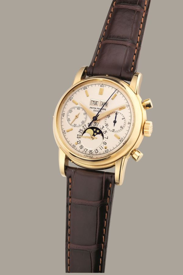 Patek Philippe Reference 2499/100 from 1982, 18K yellow gold perpetual calendar chronograph wristwatch with moon phases. Estimate: HKD 3,500,000-5,000,000