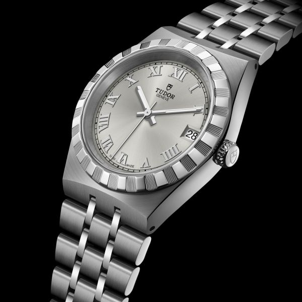 TUDOR ROYAL 34mm, Ref. M28400-0001: Stainless steel case and bracelet, Silver dial with Roman Numerals