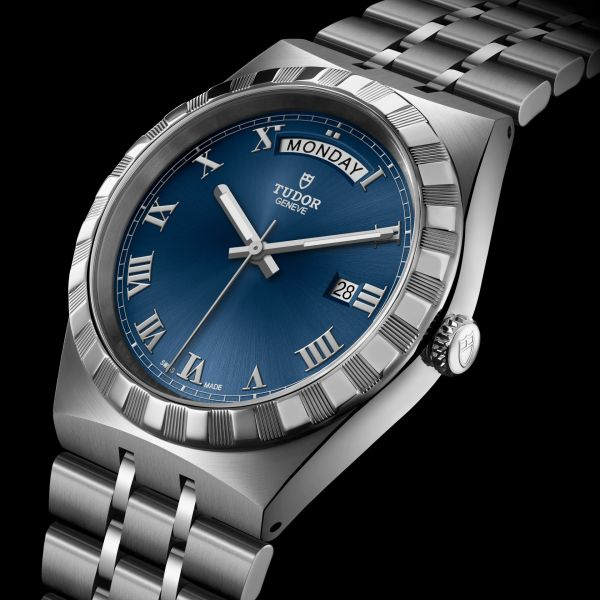 TUDOR ROYAL 41mm, Ref. M28600-0005: Stainless steel case and bracelet, Blue dial with Roman Numerals