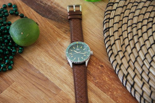 Eza Watches Sealander Green