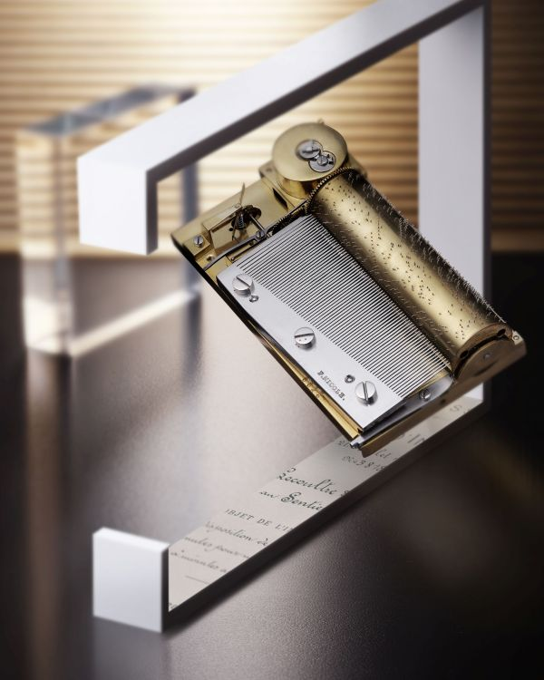 Jaeger-LeCoultre Heritage collection - Music Box with LeCoultre 'Peigne' mechanism