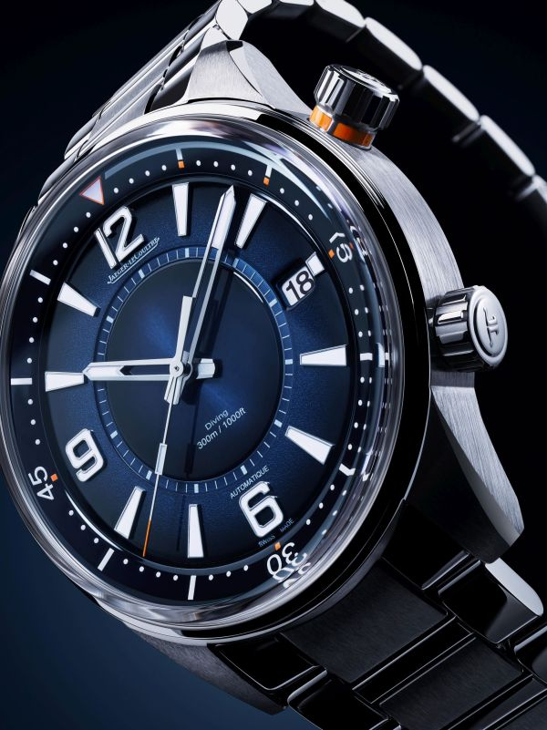 Jaeger-LeCoultre Polaris Mariner Date (Reference: Q9068180) watch with gradient blue dial