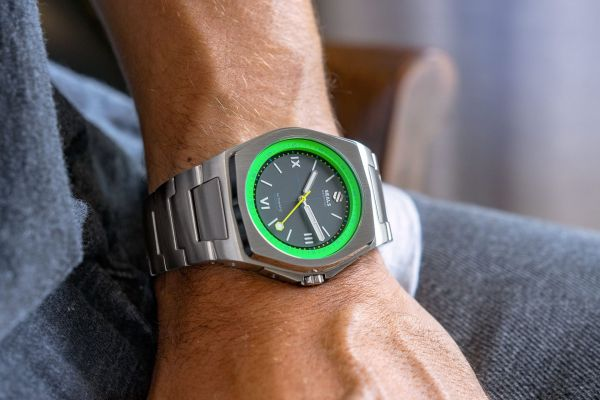 Seals Watch Co. Model A.5 Automatic watch green