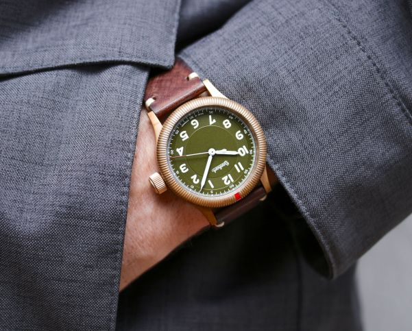 Hanhart PIONEER One Bronze Limited Edition